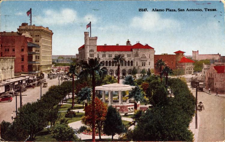 Alamo_Plaza